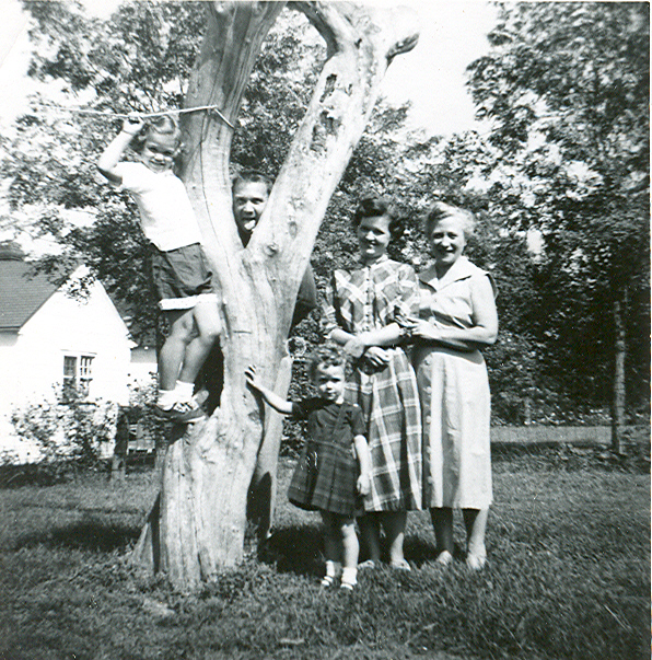 edwin hubble with his family - photo #17